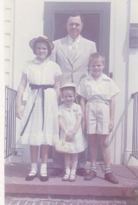 Dad and the kids. I'm the short one.
