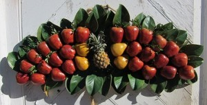 Pineapple and apples over the Door